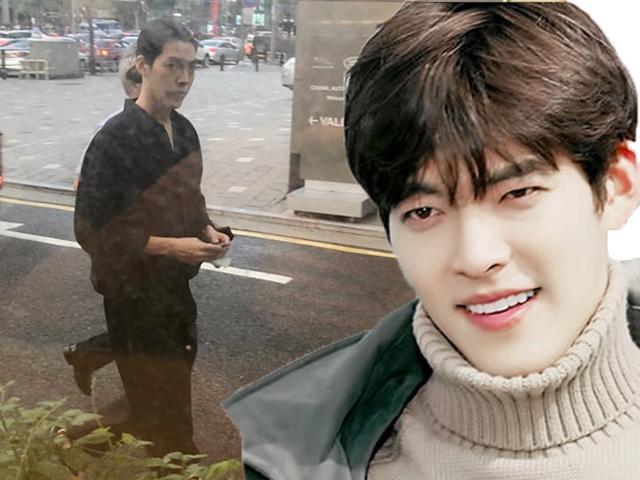 Kim Woo Bin tái xuất trở lại, hốc hác hơn xưa sau một năm điều trị ung thư vòm họng