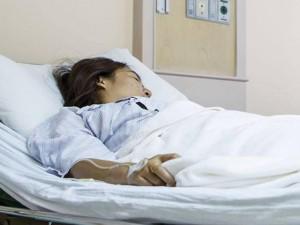 """Quá vội làm """"chuyện ấy"""" sau sinh, mẹ Bình Dương nhập viện vì xuất huyết"""
