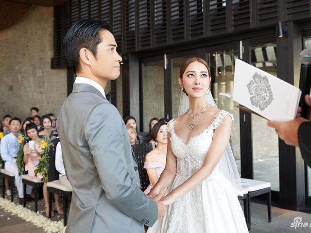 Toàn cảnh đám cưới của cặp đôi đáng tuổi bố con: Chàng đã 49, nàng mới 27