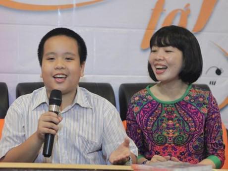 Mẹ Nhật Nam: Từng viết thư gửi cô giáo lớp 1 để mong giữ nếp thuận tay trái cho con