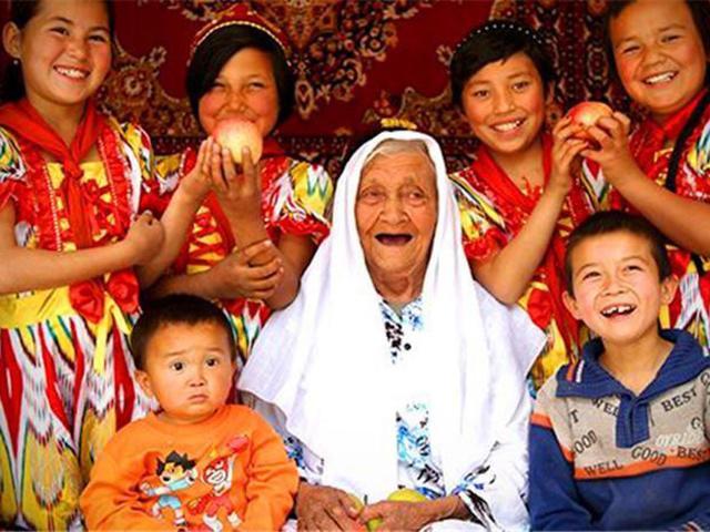 Bí quyết sống khỏe của cụ bà 132 tuổi khiến nhiều người phải tròn mắt