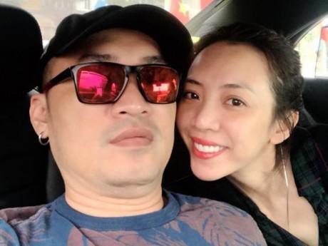 """Sau lùm xùm to tiếng cãi nhau, Tiến Luật nhắn nhủ Thu Trang: """"Mãi yêu em"""""""