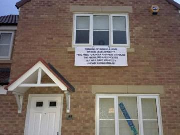 Người đàn ông chi 6 tỷ để mua căn nhà trong mơ và đăng biển cảnh báo ngay sau đó