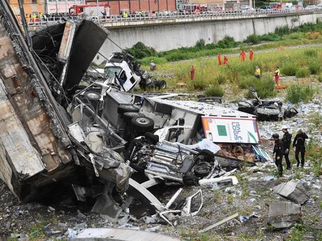 Thảm kịch cả gia đình 3 người thiệt mạng trong vụ sập cầu cao tốc như tận thế