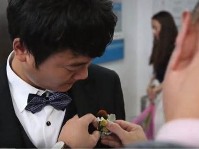 Chuẩn bị làm đám cưới với bạn gái ung thư trong bệnh viện, chàng trai nhận cái kết đau thương