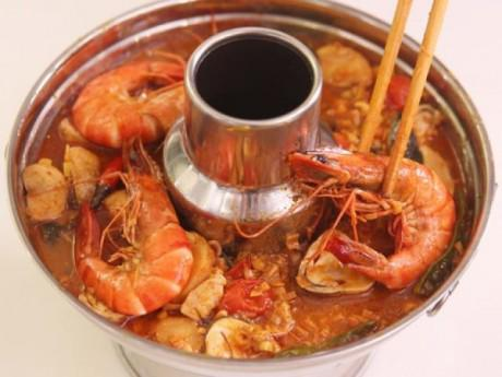 Cách nấu lẩu Thái chua cay ngon cho ngày mát trời
