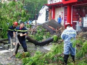 Cập nhật bão số 4: Đêm nay bão đổ bộ đất liền, Hà Nội ra công điện khẩn ứng phó