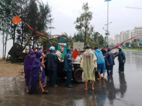 Cập nhật bão số 4: Tâm bão đổ bộ đất liền Thanh Hóa, mưa lớn khắp nơi