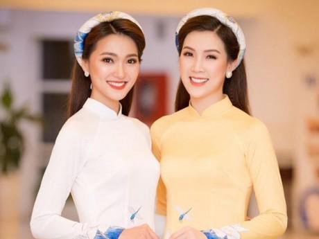 """Hoa hậu Phí Thuỳ Linh """"quảng cáo"""" áo dài cho cô bạn thân Ngọc Hân"""