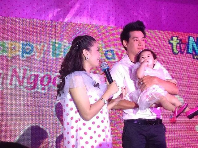 Lý do cha của con gái Mai Phương chưa thể về Việt Nam chăm sóc con khi cô nằm viện?