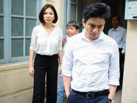 """Làm rõ """"nhân vật bí ẩn"""" trong vụ bác sĩ Chiêm Quốc Thái bị vợ cũ thuê giang hồ chém"""