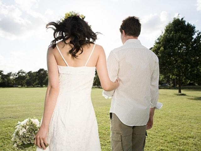 Cô gái hủy hôn 1 tuần trước đám cưới sau khi phát hiện bí mật động trời của bạn trai