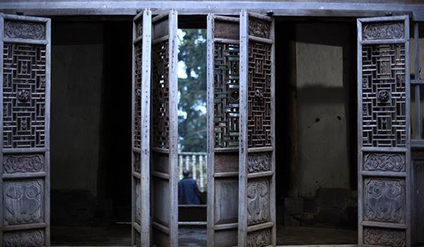 Choáng ngợp trước biệt phủ 150 tỷ rộng hàng ngàn m² của Vua Mèo ở Hà Giang