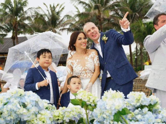 Đám cưới đẹp như mơ ở biển của gái 2 con Lý Thanh Thảo và chồng Tây