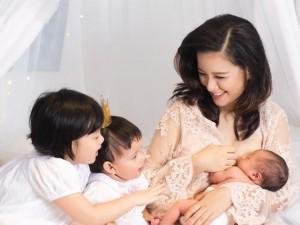 """Hot mom 3 con Minh Trang hé lộ từng muốn """"ôm con nhảy cầu vì bế tắc sau sinh"""""""