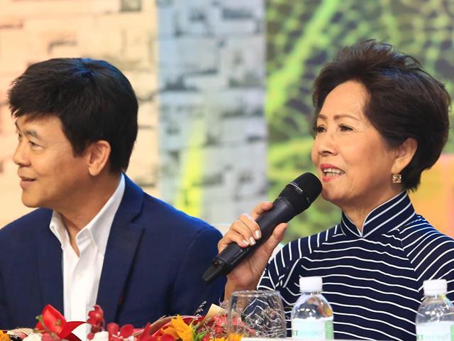 Video: Danh ca 72 tuổi Phương Dung hài hước tiết lộ biết yêu điên cuồng khi chỉ mới 5 tuổi