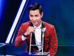 """Quang Lê """"troll"""" MC Nguyên Khang mặc áo vest chẳng khác gì dàn bông cưới"""