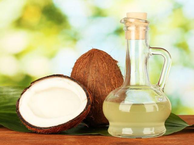 Tin sốc: Dầu dừa là chất độc tinh khiết