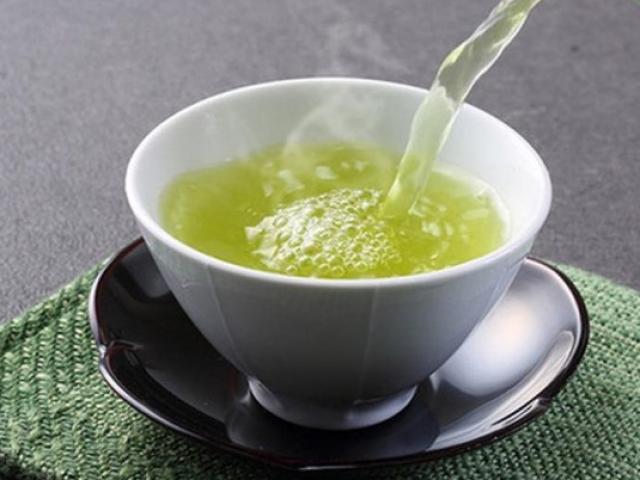 Uống trà xanh không đúng thời điểm cẩn thận tự rước họa vào mình mà không biết