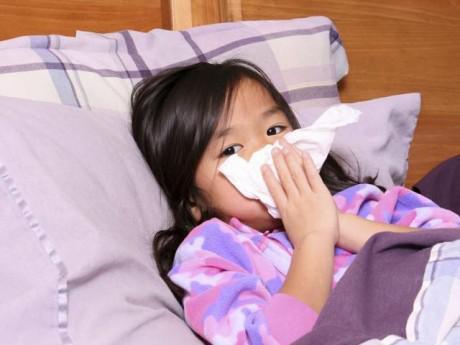 Trẻ bị sổ mũi: Chuyên gia Đông y tiết lộ cách trị hiệu quả không cần thuốc