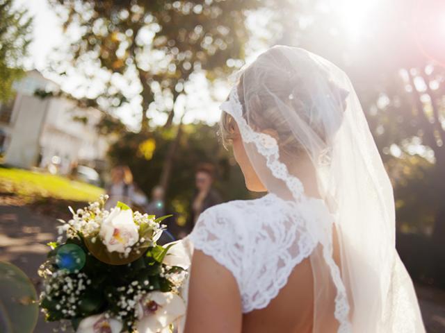 Đề nghị khách mừng phong bì 33 triệu hoặc không cần đến, cô dâu nhận cái kết đắng chát