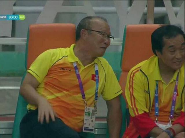 Lý giải nụ cười của HLV Park Hang-seo sau trận U23 Việt Nam thua Hàn Quốc với tỉ số 1-3