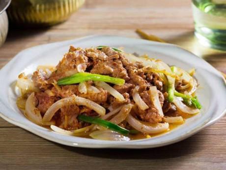 Hướng dẫn cách làm thịt bò xào hành tây đơn giản ngon đúng điệu