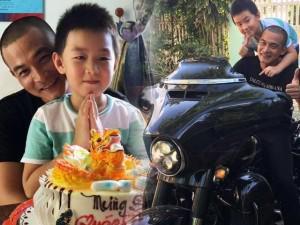 """Lâu lâu, Quách Ngọc Ngoan khoe ảnh gặp con trai Cà Pháo: """"Y chang không quý vị?"""""""
