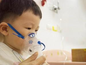 Viêm phổi ở trẻ em: Nguyên nhân và cách điều trị do bác sĩ hướng dẫn