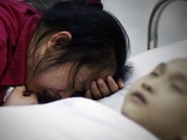 Bé 6 tuổi xuất huyết não sau cái tát của mẹ, 8 bộ phận cơ thể trẻ không được đánh