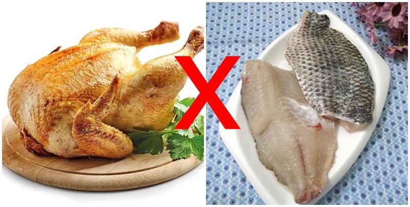 1.Thịt gà – cá chép: sự kết hợp này khiếntrẻ bị tiêu chảy, mụn nhọt, đầy hơi.