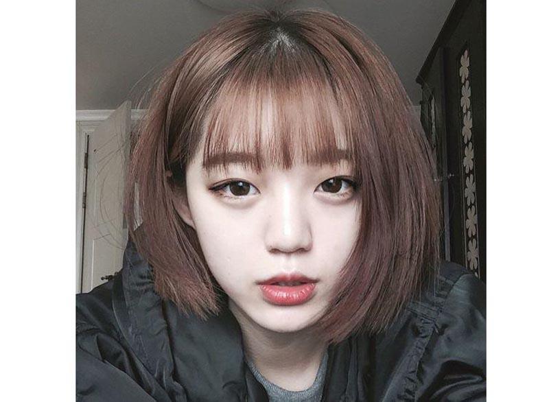 Con gái có trán ngắn nên kết thân với kiểu tóc này để khuôn mặt thêm phần đáng yêu.