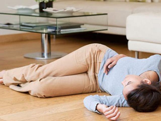 Những dấu hiệu đột quỵ ở phụ nữ dễ bị bỏ qua vì tưởng bệnh nhẹ