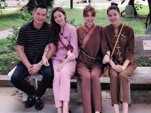 Sao Việt 24h: Jennifer Phạm rạng rỡ khoác tay chồng và 2 người đẹp showbiz đi lễ chùa