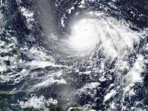 Siêu bão Mangkhut bán kính ảnh hưởng cực rộng, Hà Nội ra công điện hoả tốc ứng phó
