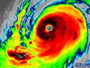 Siêu bão Mangkhut mạnh khủng khiếp đã vào biển Đông, thành cơn bão số 6