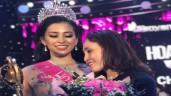 Mẹ tân Hoa hậu Trần Tiểu Vy xin dư luận cảm thông khi con trả lời chưa lưu loát