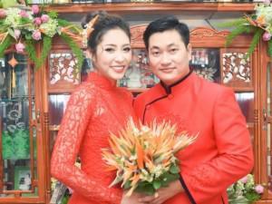 Lễ đính hôn ngập tràn sắc đỏ của Hoa hậu Đại dương Đặng Thu Thảo và chồng đại gia