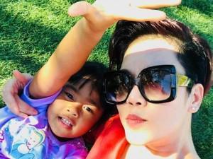 """Sao Việt 24h: Con trai ca sĩ Thu Phương """"diễn kinh hơn mẹ"""""""