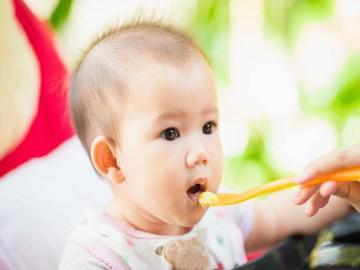 Chuyên gia dinh dưỡng tiết lộ thực đơn ăn dặm cho bé 6 tháng