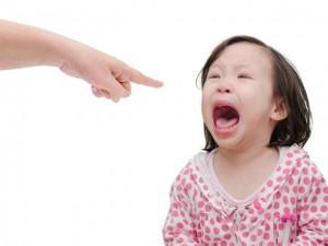 7 cách giải quyết sai lầm cha mẹ thường mắc phải khi con có xung đột