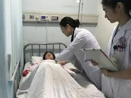 Cô gái 18 tuổi xuất huyết âm đạo bất thường, dấu hiệu trong kỳ kinh nguyệt có thể gây bệnh