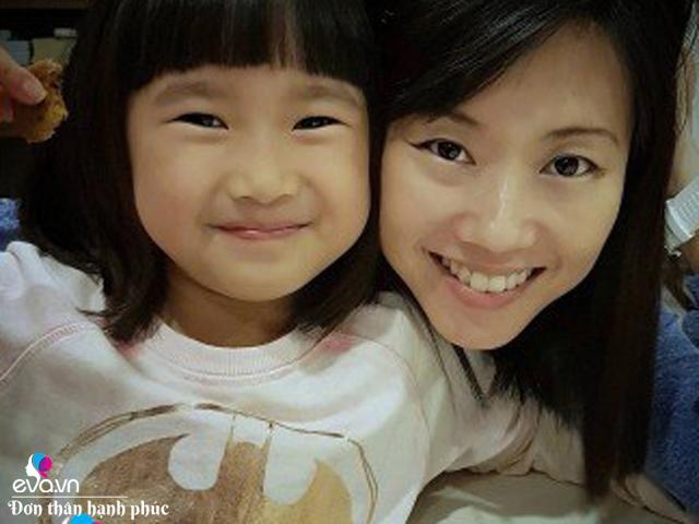 4 bà mẹ đơn thân nuôi con nhưng hạnh phúc và nổi tiếng khắp Singapore