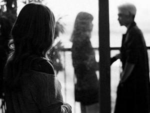 Chuyện đàn bà: Tình tay ba, ai mới thực là người khốn khổ?