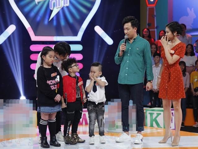 Con trai Trấn Thành và fan cuồng nhí của anh khiến khán giả rụng tim vì đáng yêu vô đối