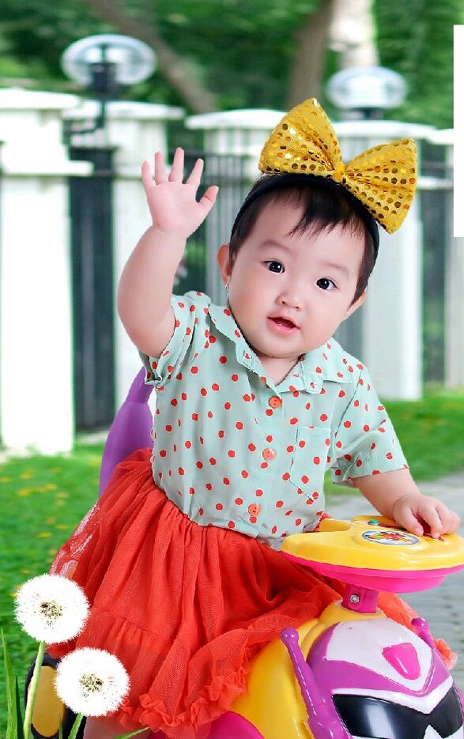 Xin chào độc giả Eva.vn, cháu là bé Bắp đây ạ.