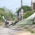 Tin tức - Miền Trung đã có điện trở lại sau bão số 10