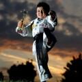 Tin tức - Bị viêm khớp, bé 5 tuổi vẫn đoạt đai đen Karate