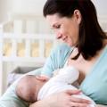 """Làm mẹ - """"Bật mí"""" đặc quyền của bé bú mẹ"""