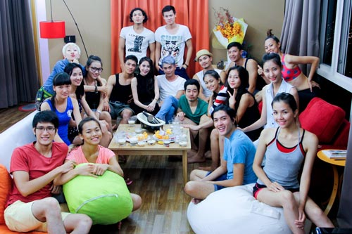 thuy tien than mat voi thi sinh next top model - 10